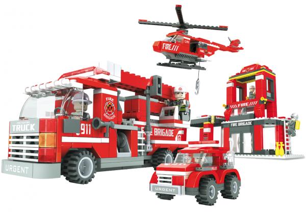 AUSINI Grosse Feuerwache inkl. Fahrzeugen